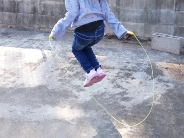 マルちゃんの「縄跳びリズム」